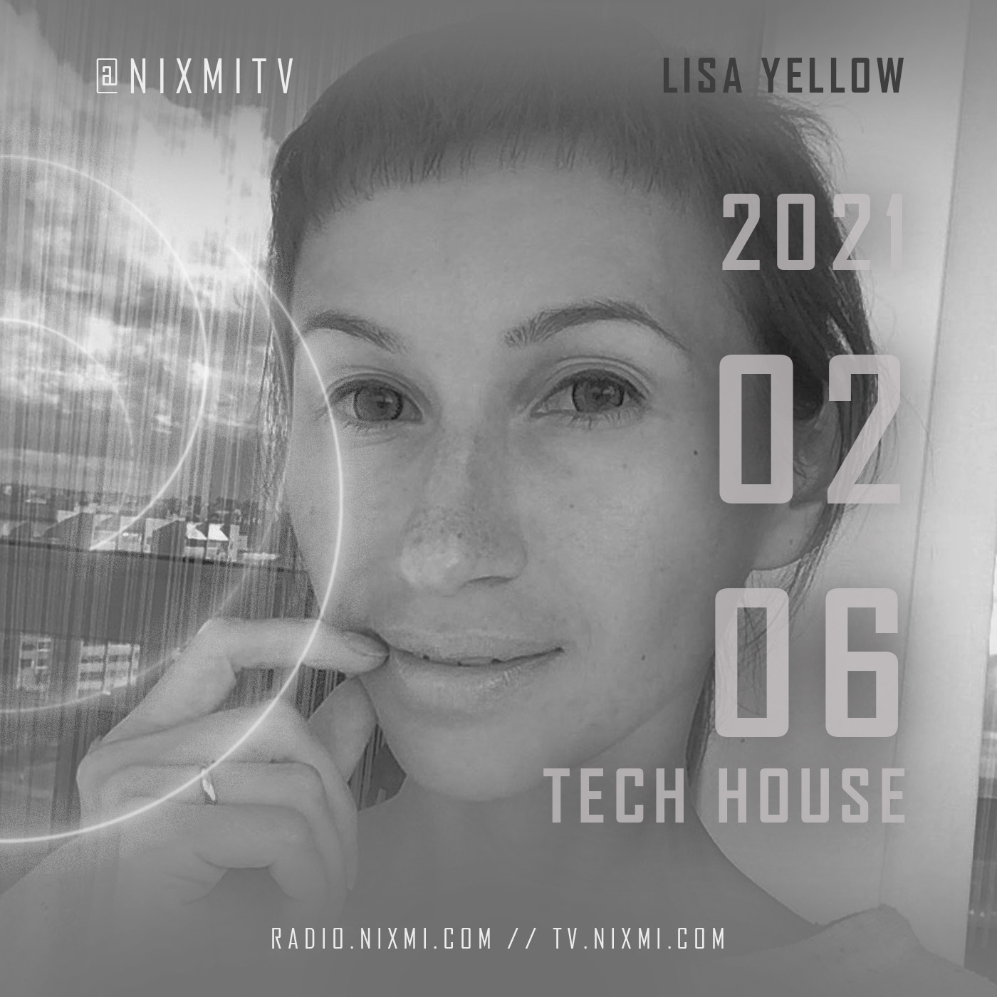 2021—PODCAST-LISA-YELLOW